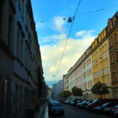 Sebnitzer Straße im Herbstlicht