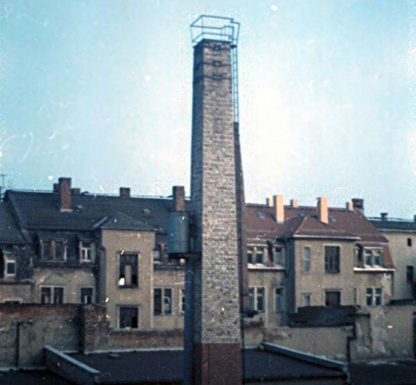 Hinterhof in der Neustadt Anfang der 1990er Jahre