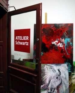 Atelier Schwartz, Förstereistraße 3, anklicken zum Vergrößern.