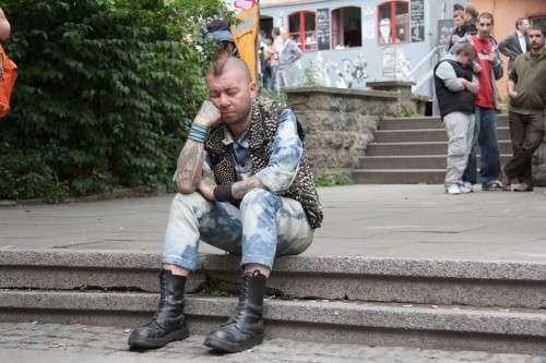 Vor der Scheune - Foto: Micha Kral