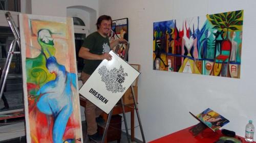 Buchstabenorte-Chef Alexander Heitkamp bei den letzten Vorbereitungen