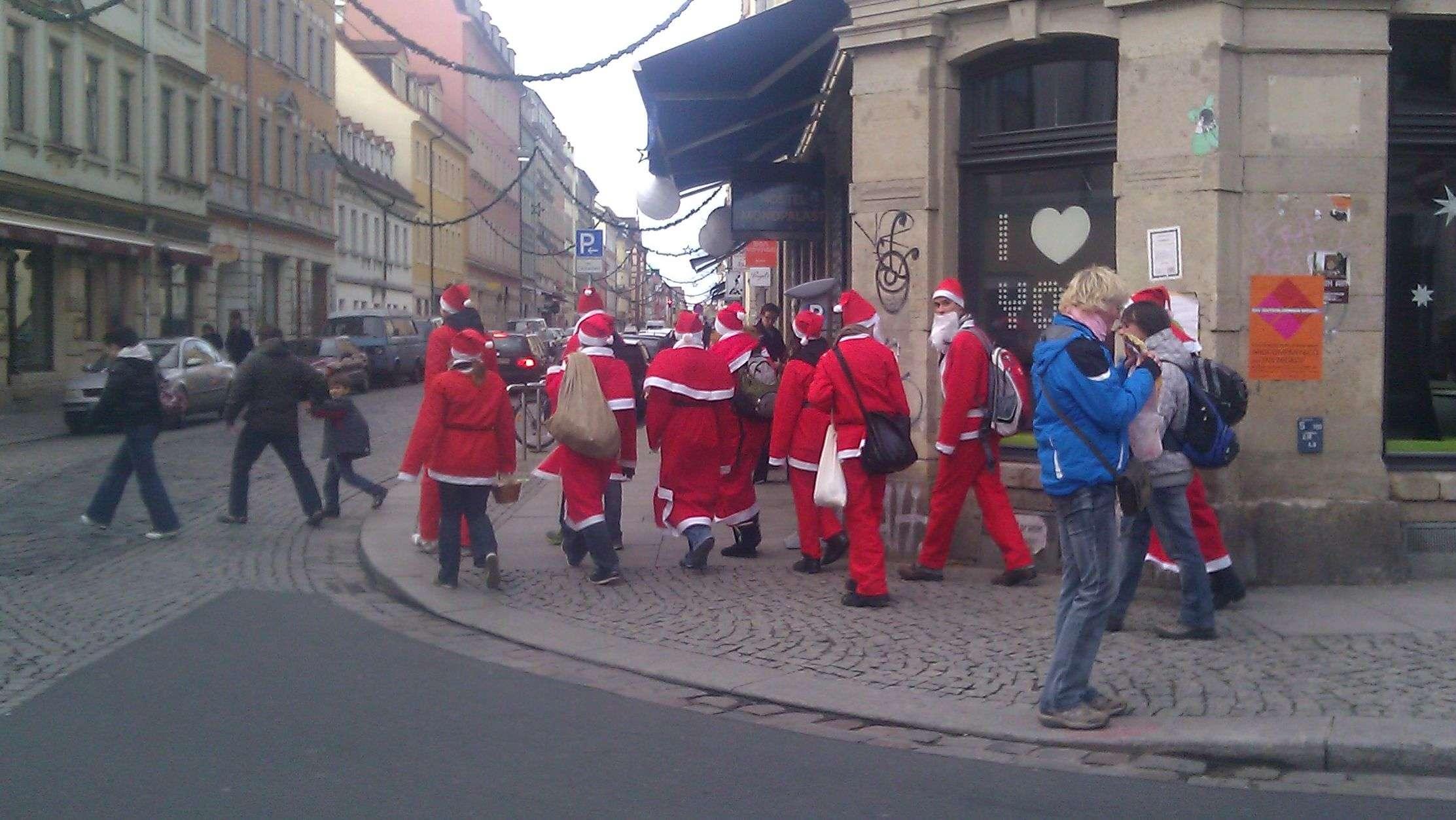 Weihnachtsgeschenke einkaufen - Neustadt-Geflüster