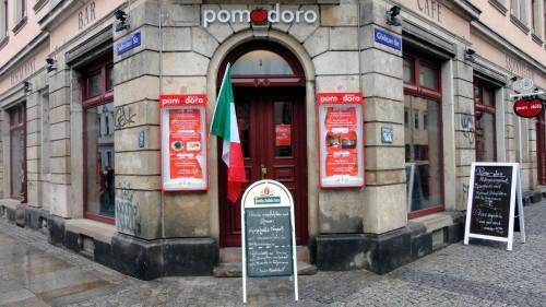Pomodoro an der Sebnitzer Ecke Görlitzer Straße