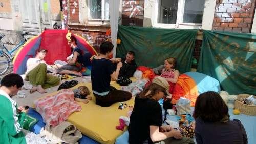 Baby-Lounge auf der Talstraße