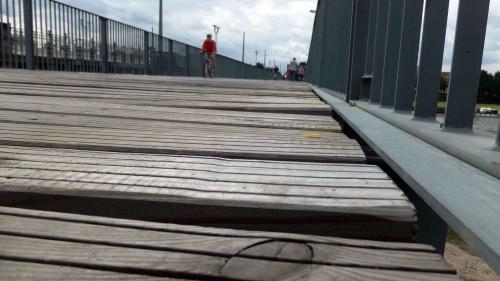 Buckelpiste neben der Albertbrücke