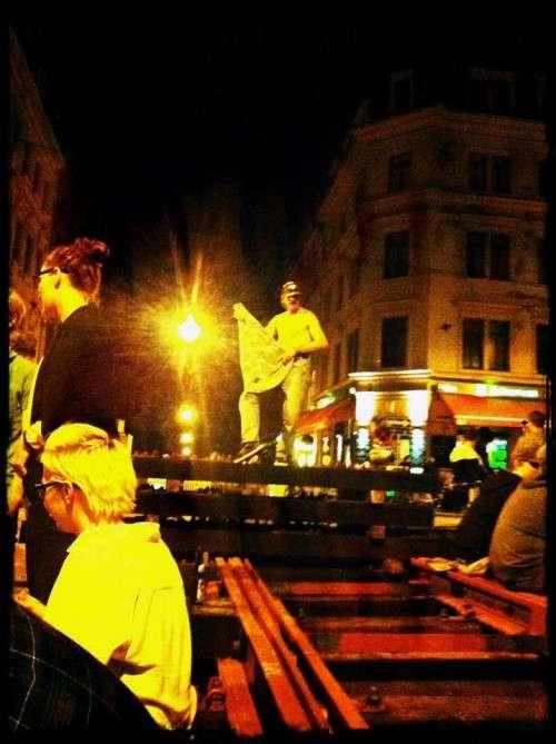 Schieneneroberung in der Neustädter Nacht.