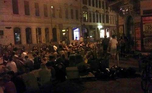 Sitzparty an der Kreuzung Görlitzer/Louisenstraße