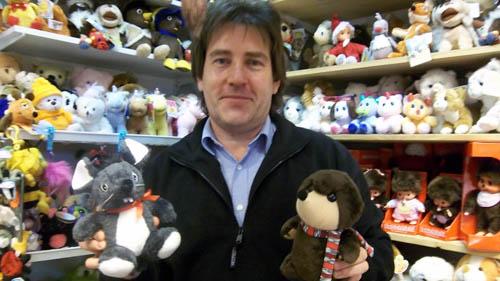 Andreas Woigk mit Buddelflink und Maus Gertrud aus dem Märchenwald