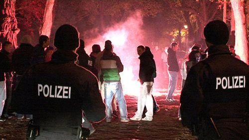 Polizeieinsatz im Preußischen Viertel - Foto: Brennpunktfoto