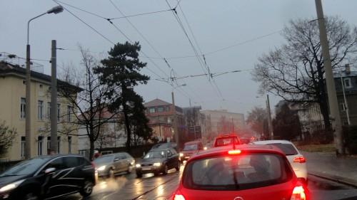 Zähfließender Verkehr in den Morgenstunden