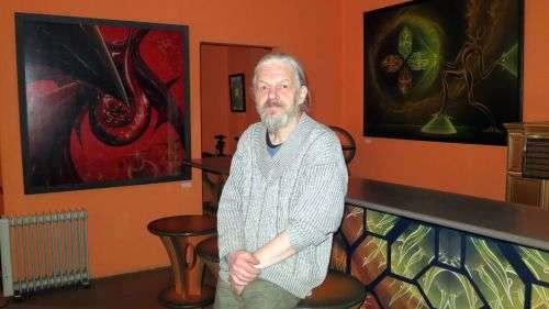 """Jürgen Dreißig in seiner Galerie """"Galerie"""""""