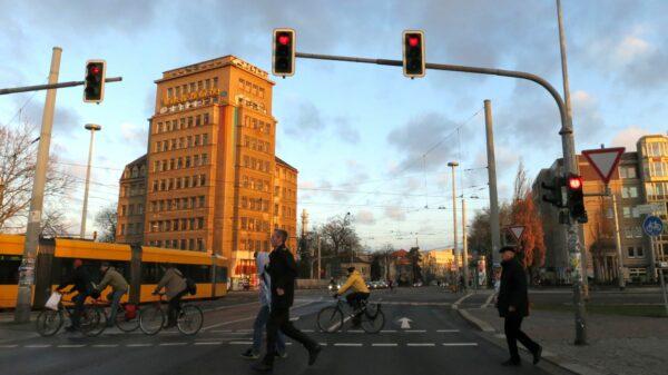 Morgenstunde am Albertplatz