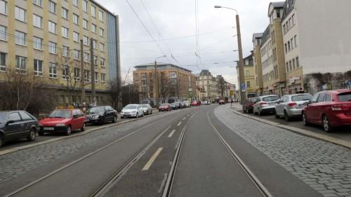 18 Meter ist die Straße derzeit breit.
