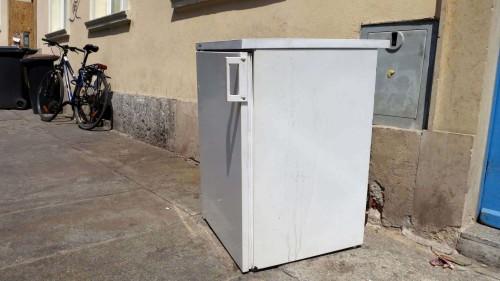 Kühlschrank auf der Louisenstraße