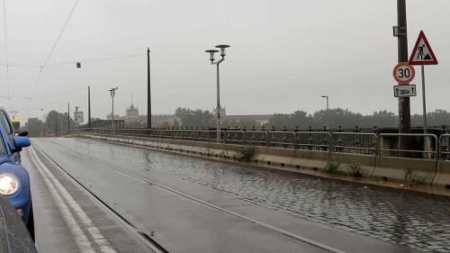 Bleibt bis zum Sonntag bahnfrei: die Albertbrücke