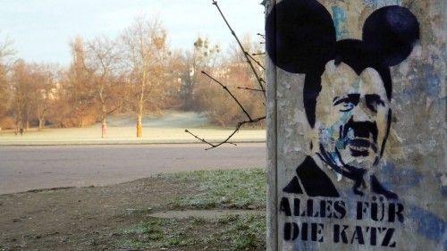 die Diktator-Maus überwacht den Alaunplatz