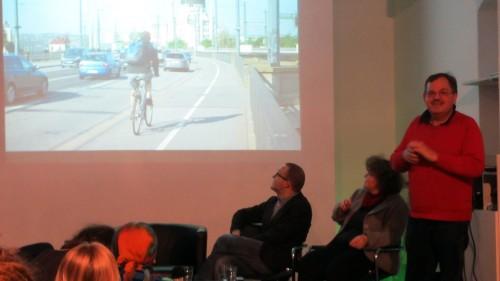 Michael Ton moderierte am Mittwoch Abend die Diskussion zur Zukunft des Radverkehrs in Dresden