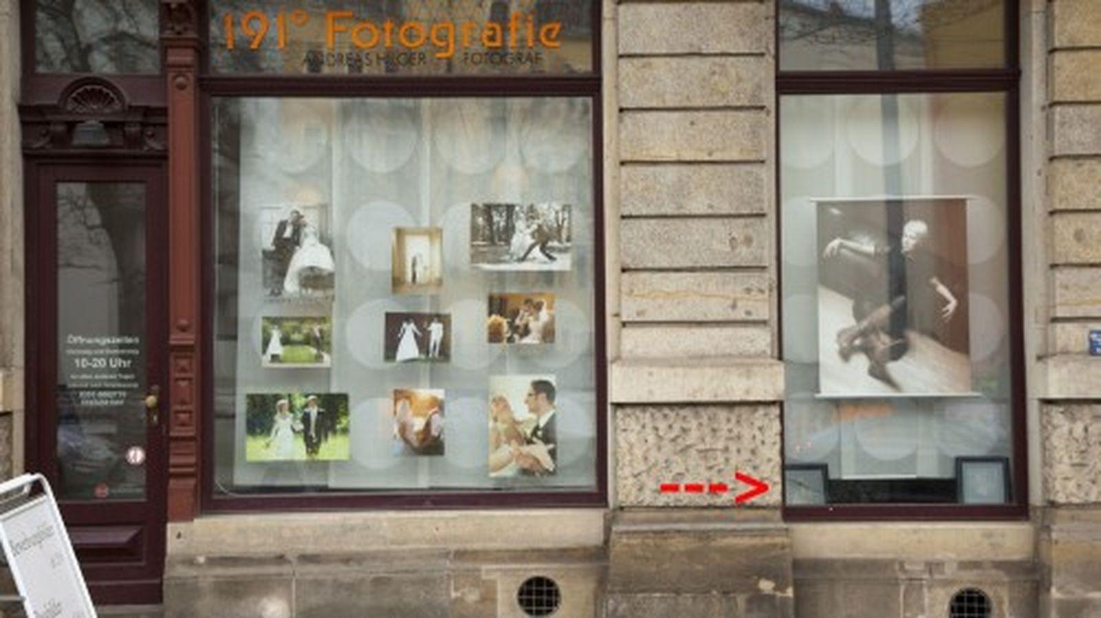 Schaufenster mit Nacktbildern