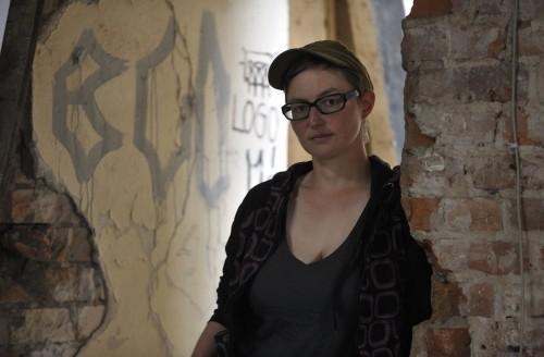 Die Künstlerin engagiert sich für das Gelände.