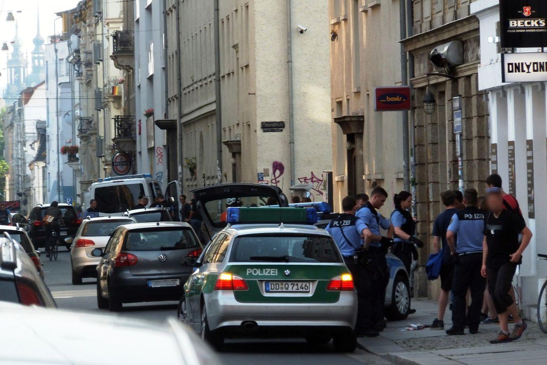 Polizei-Kontrolle auf der Alaunstraße