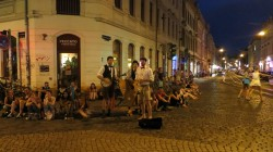 Die Dresden Dixie Dödel am Dienstag Abend an der Ecke.