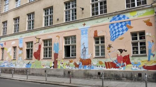 Die Handschrift von Kinderbuchillustratorin Annette von Bodecker-Büttner ist deutlich zu erkennen.