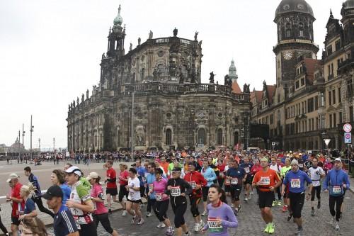 Bislang hauptsächlich vor alten Gemäuern - der Dresden Marathon kommt erstmals in die Äußere Neustadt. Foto: PR/Norbert Wilhelmi