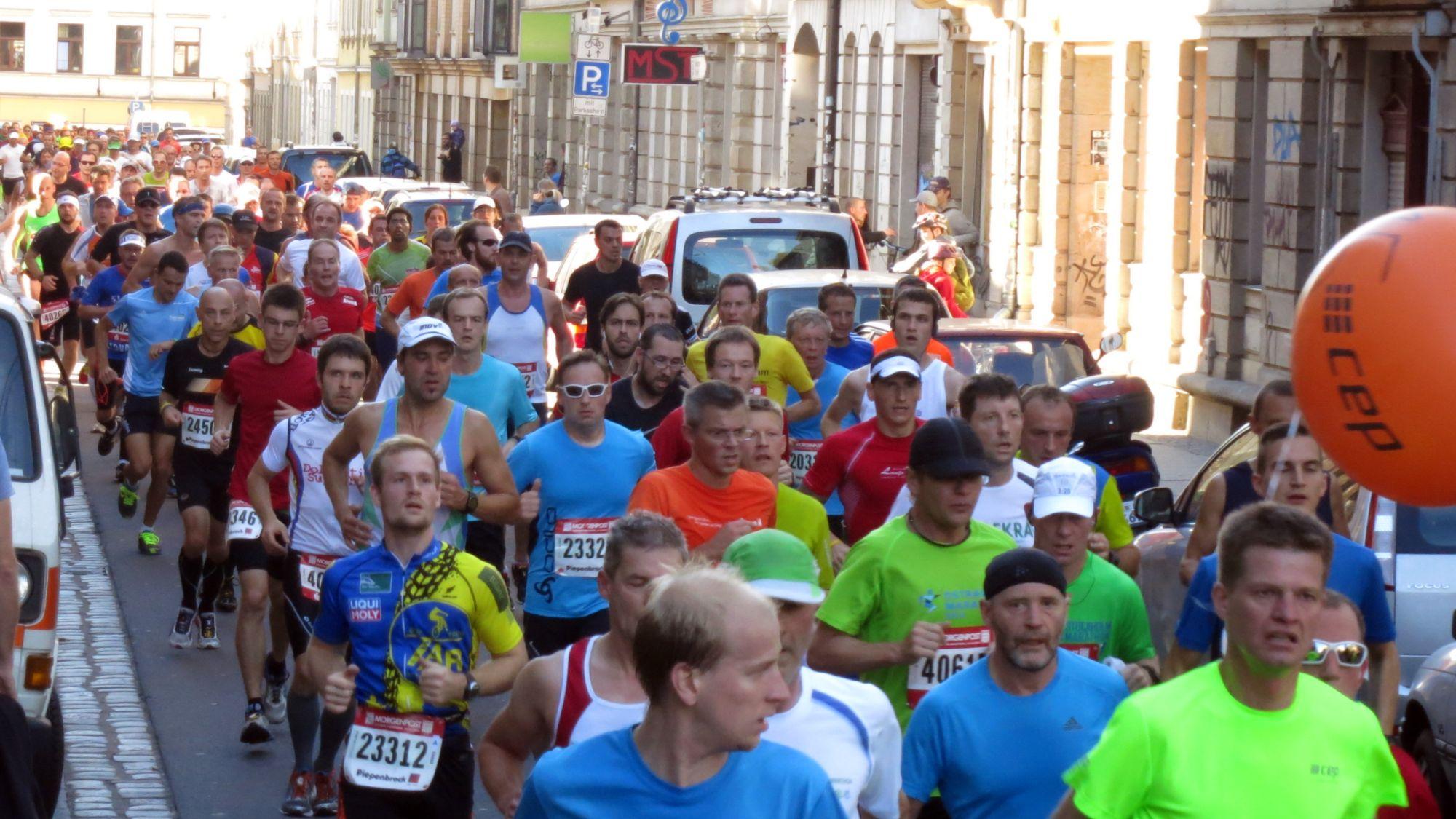 So viele Besucher hat die Kamenzer Straße seit den BRN-Feierlichkeiten nicht mehr gesehen.