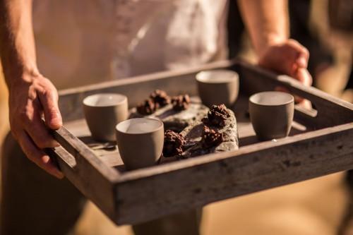 Zum Kaffee werden leckere Kuchen gereicht.