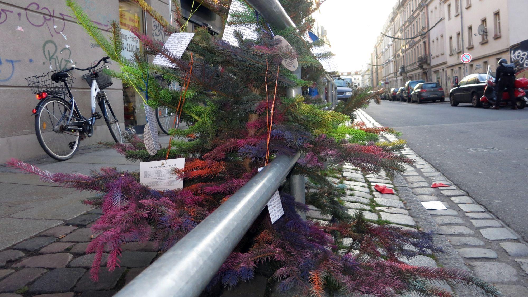 Weihnachtsbaum auf der Kamenzer Straße.