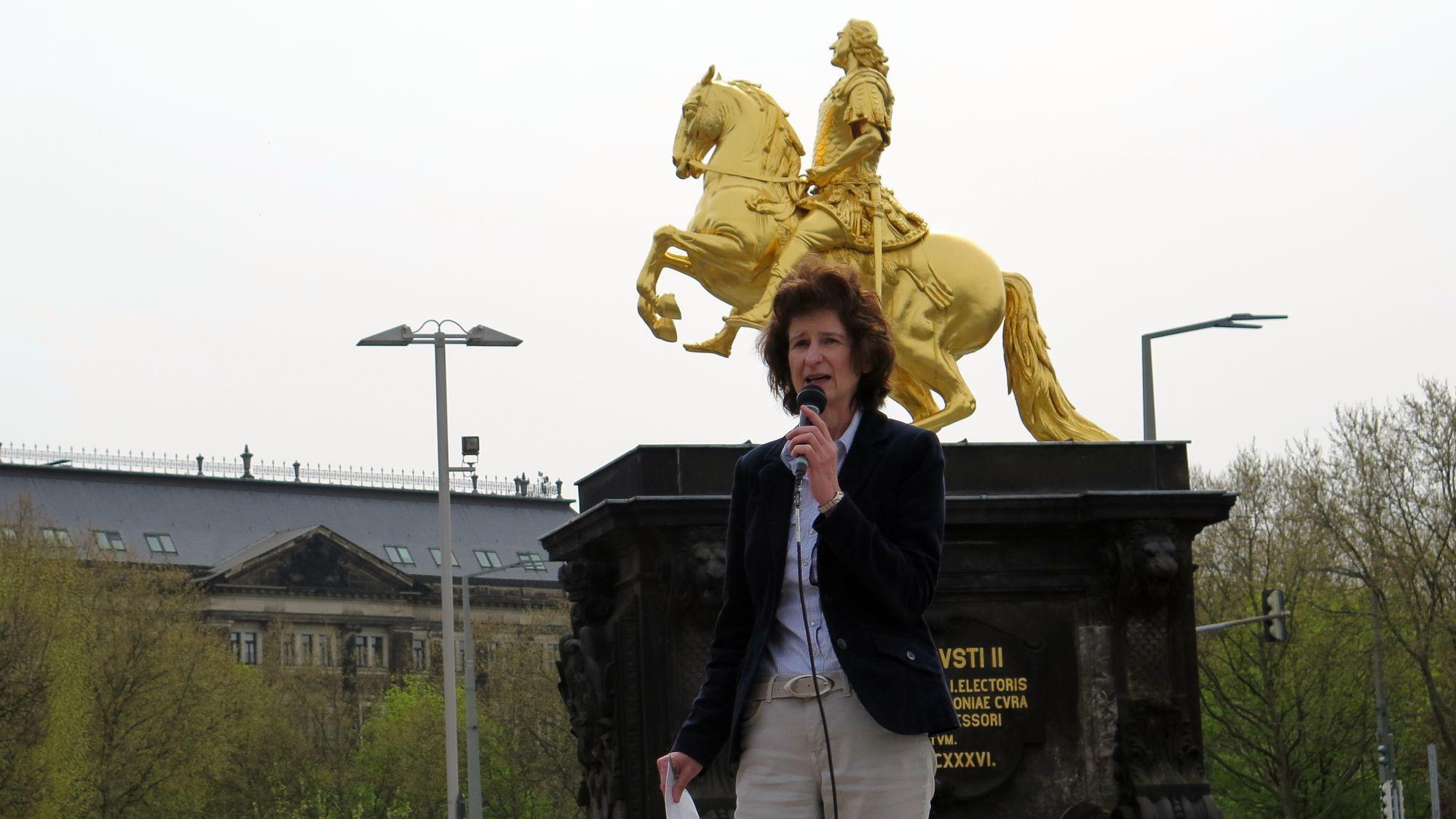 Wahlkampfauftakt am Goldenen Reiter