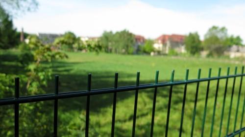Bleibt auch zur BRN grün und leer: der Russensportplatz ohne Lustgarten