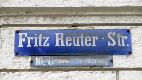 Die Fritz-Reuter-Straße wurde nach einer Ikone plattdeutschter Dichtkunst benannt