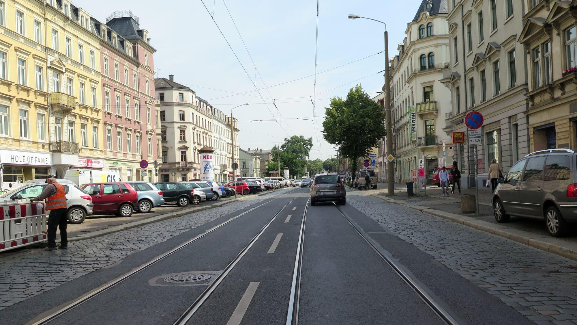 Ausbau Königsbrücker Straße: Seit 23 Jahren keine Sanierung: die Königsbrücker Straße