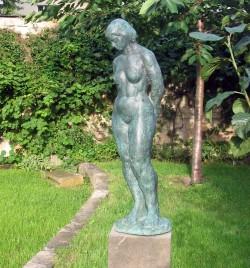 Geklaute Bronze-Statue
