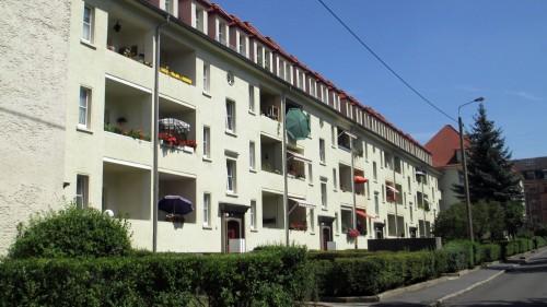 """Auch so etwas gibt's in der Neustadt. Balkonien auf der """"Timäus"""""""