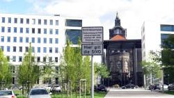 Ministeriumsparkplatz nach Feierabend auch fürs Volk geöffnet.