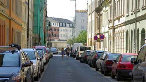 Auf knapp 240 Metern streckt sich die Erlenstraße.