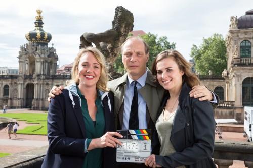 Das Tatort-Team Alwara Höfels, Martin Brambach und Karin Hanczewski ermitteln. Foto: MDR/Andreas Wünschirs