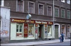 Der Juwelier Theodor Scholze - bis 1999 eine Institution in der Neustadt. Foto: Lange