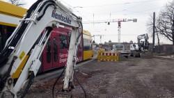 Wegen Bauarbeiten pausiert der Bahnverkehr heute Nacht auf der Albertbrücke.