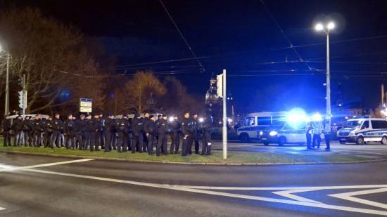 Polizeiaufgebot an der Großen Meißner Straße
