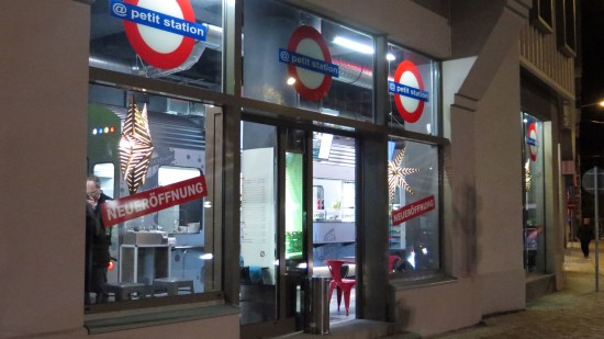 Bistro im U-Bahn-Look