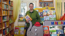 Die Kinderbuchabteilung ist nicht nur sehr schön eingerichtet, sondern auch voll mit literarischen Schätzen.