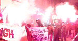 Spontan-Demo durch die Neustadt