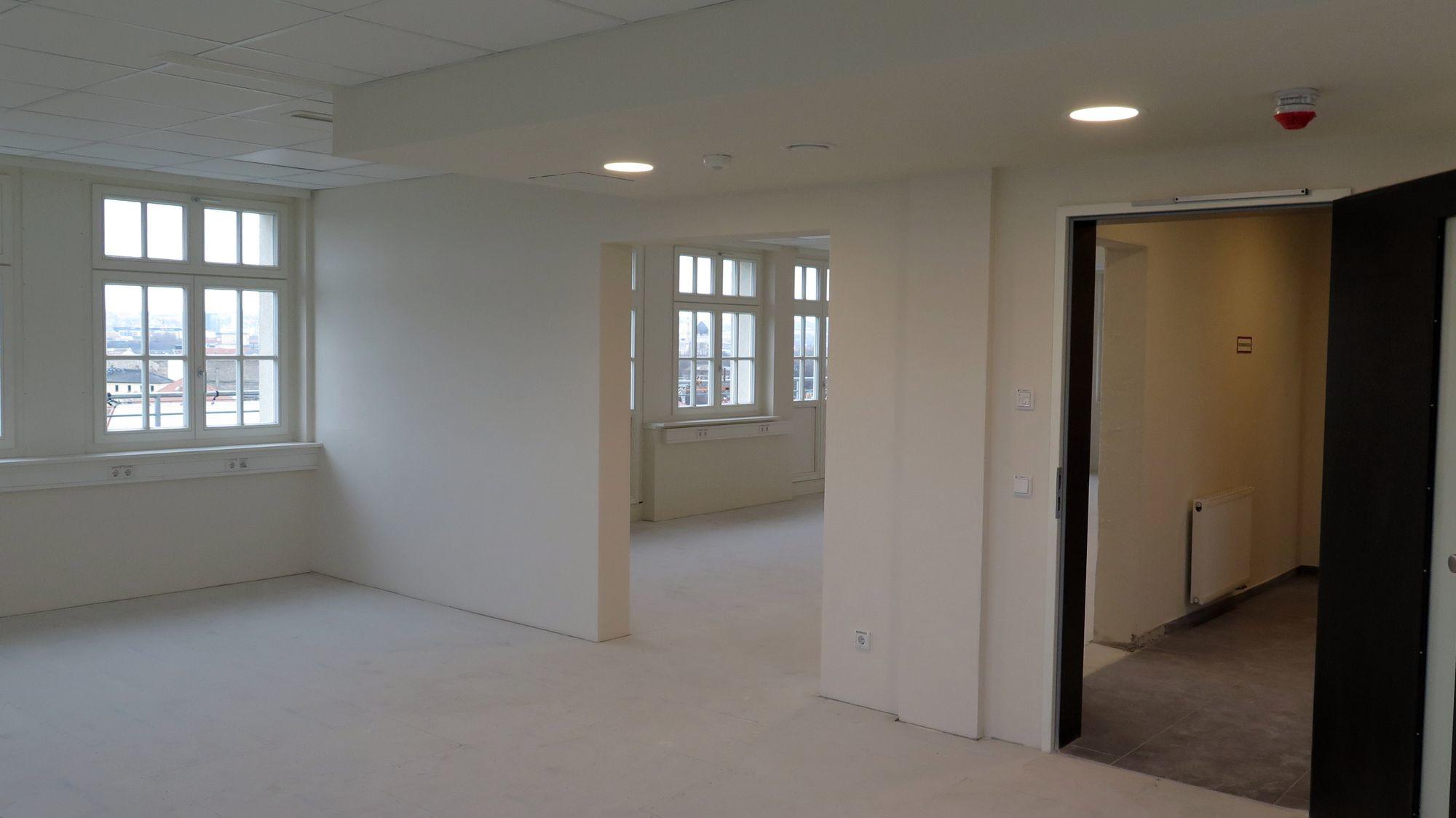 Die achte Etage ist fertig, hier zieht ein Ingenieur-Büro ein.