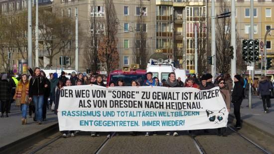 Am Albertplatz trafen sich zwei Nopegida-Demonstrationen