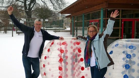 Anja und Steve - Bubble-Fußballer
