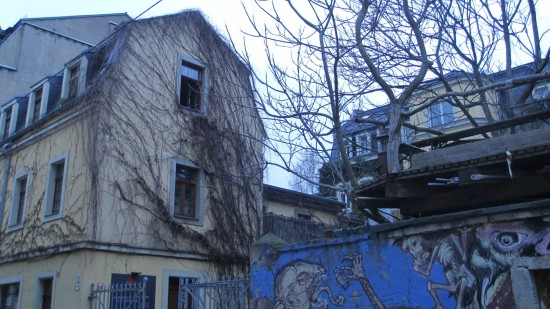 Martin-Luther-Straße: Blick auf das Bottom's Up