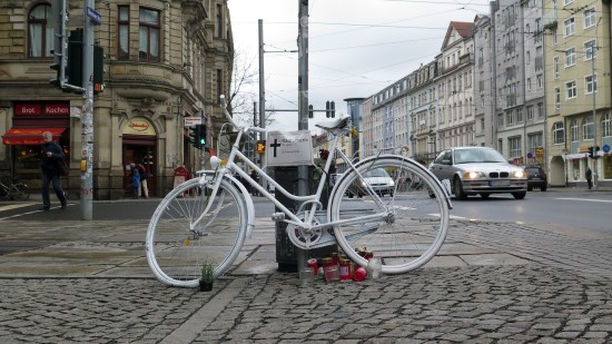 Das Ghostrad wurde an der Unfallstelle aufgestellt.